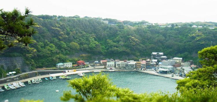 الطبيعة الساحرة في جزيرة إيزو أوشيما