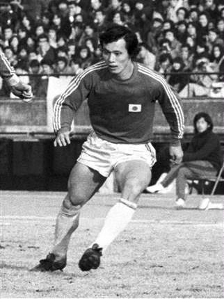 الهداف التاريخي للمنتخب هو كونيشيجي كاماموتو
