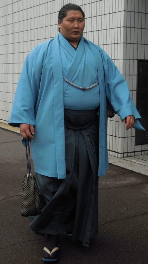 المصارع المنغولي إيتشينوجو تاكاشي