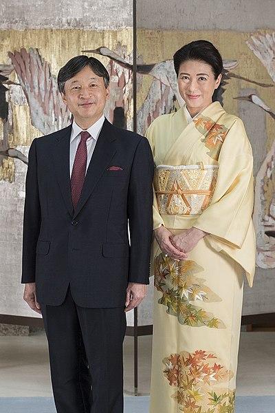ولي العهد ناروهيتو مع زوجته الأميرة ماساكو آنذاك