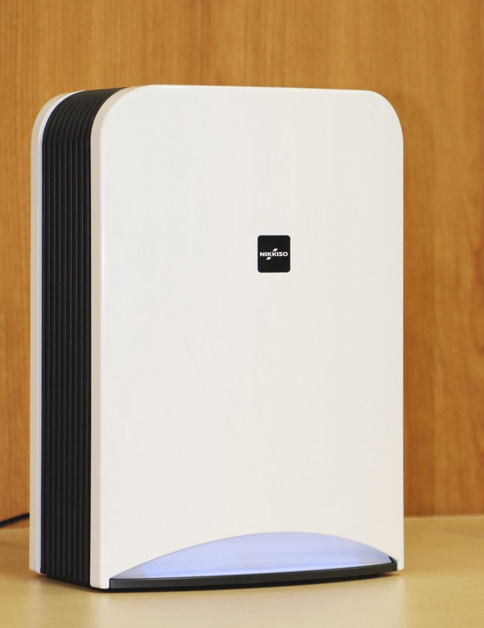 جهاز تنقية الهواء الذي طورته الشركة | عبر شركة نيكّيسو و وكالة كيودو